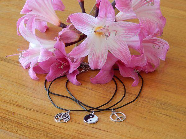 Leather Choker Necklace | Raven Boutique