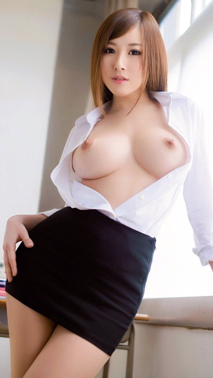secy naked vietnam girl pictures