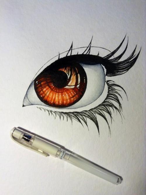 Miriam Galassi Draws Eyes Fantastically.