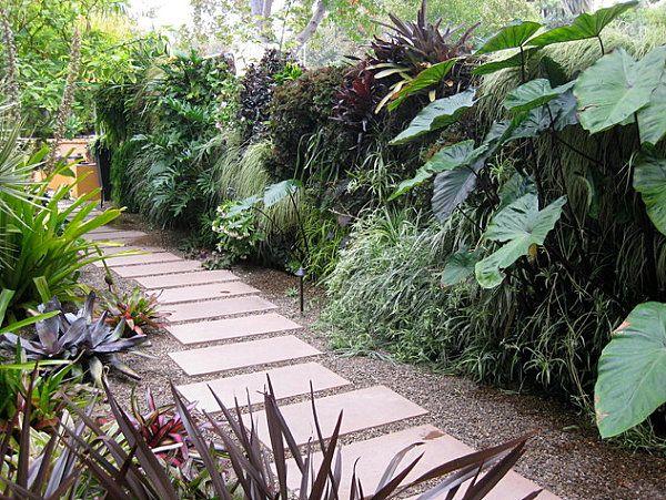 5 Modern Landscaping Essentials for a Stylish Yard