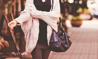 nice sweater.: Big Sweaters, Over Cardigans, Slouchy Sweaters, Big Knits, Over Sweaters, Outfit, Diamonds Rings, Cozy Sweaters, Big Comfy Sweaters