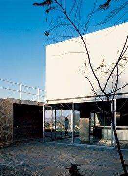 Cecilia Puga  Casa Marbella (8 al cubo)  2005  Marbella, Chile.