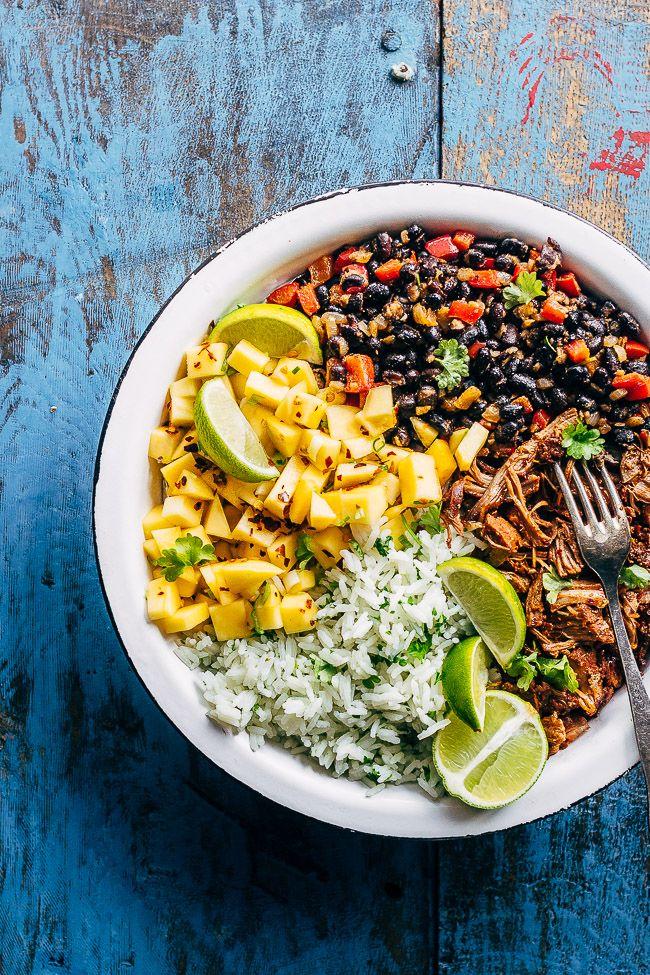Bowl mad (mad i en skål) er kæmpe mad trend. Prøv en cubansk bowl udgave med pulled pork. Nem ide til at få brugt rester af pulled pork. Få opskrift her