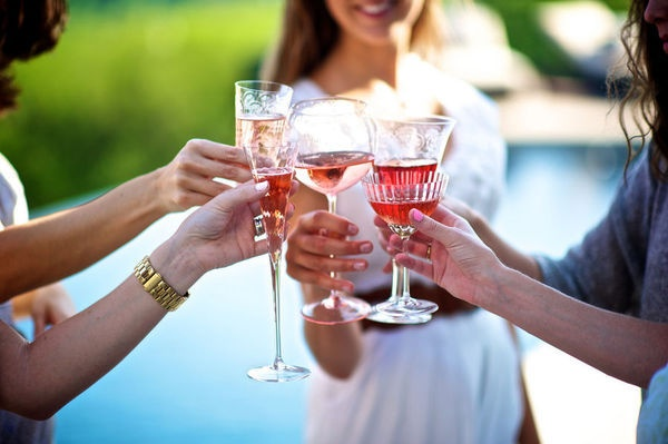 How to Host a Cocktail Party