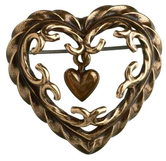 Kalevala Koru / Kalevala Jewelry / HEART OF THE HOUSE BROOCH  Designer: Tony Granholm, material: bronze or silver