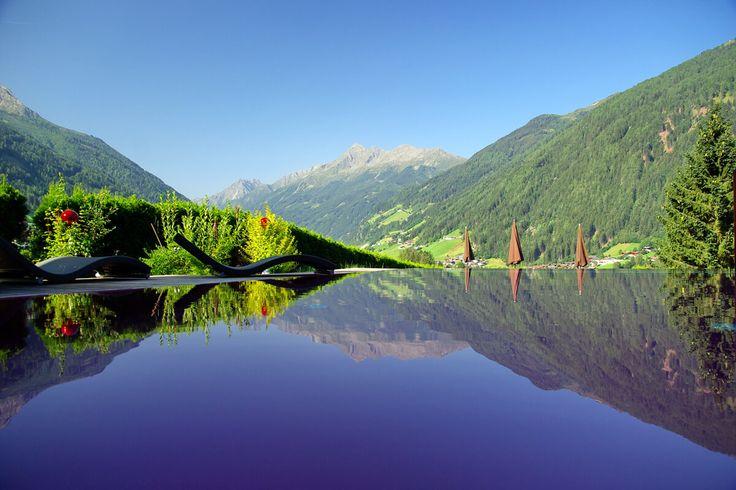 Infinity-Pool des Hotels Erika in Tirol.