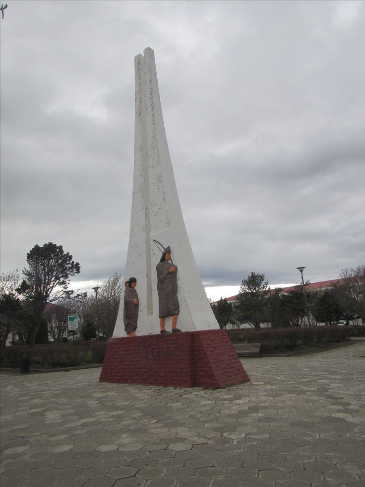 Monumento a los Selknam. Porvenir. Tierra del Fuego. XII Región de Magallanes. Chile.