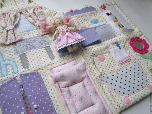 Домик-сумочка для куколки купить развивающая игрушка для девочки ручная работа Ярмарка мастеров Ольга Вайда кукольный дом handmade