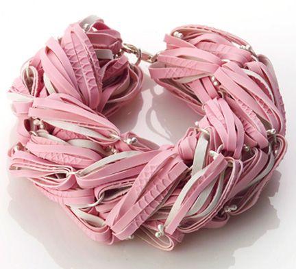 Dai guanti di gomma ai gioielli di Min-Ji Cho- trovato dalla Gazza!
