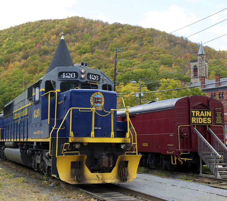 Ride the rails from historic Jim Thorpe into the scenic Lehigh Gorge State Park on the Lehigh Gorge Scenic Railway! #PoconoMtns