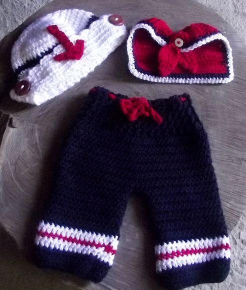 Conjunto confeccionado em crochê  cor - azul marinho,vermelho e branco  tamanhos - RN / 1 a 3 / 3 a 6 meses ( para outros tamanhos consulte valor) R$ 79,90