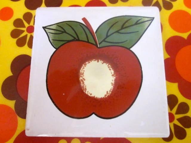 Vintage Apple Tile
