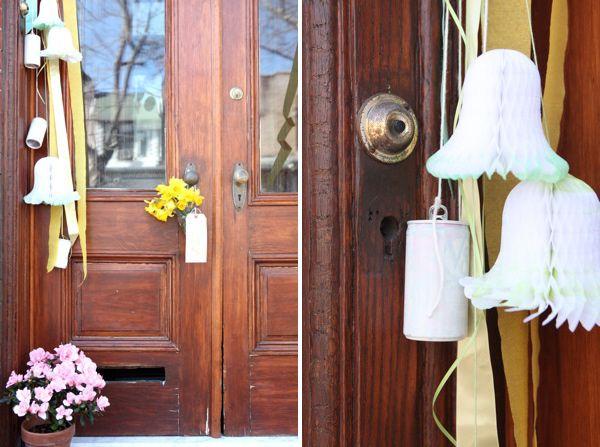 just married front door surprise -- cute!