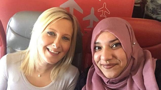 Cerita Hijaber Inggris Berteman dengan Wanita yang Awalnya Curigai Dirinya Teroris  LONDON - Banyak wanita muslimah di negeri Barat yang pernah mengalami kejadian/perlakuan tak menyenangkan hanya karena memakai jilbab. Beberapa dari mereka merasa takut ketika hal tersebut terjadi namun sebagian di antaranya justru menjadikan peristiwa itu untuk merangkul masyarakat yang berpikiran negatif tentang dirinya. Seperti yang dilakukan oleh hijabers asal Inggris Jiva Akbor. Berbagi cerita lewat…