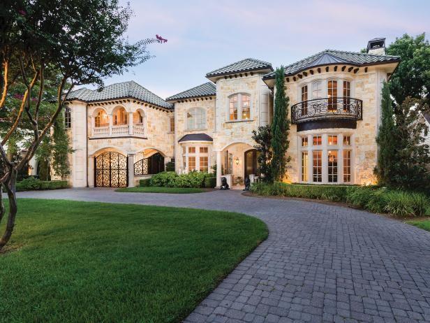 Tour A Mediterranean Inspired Villa In Dallas Secret Housevilla Designhome