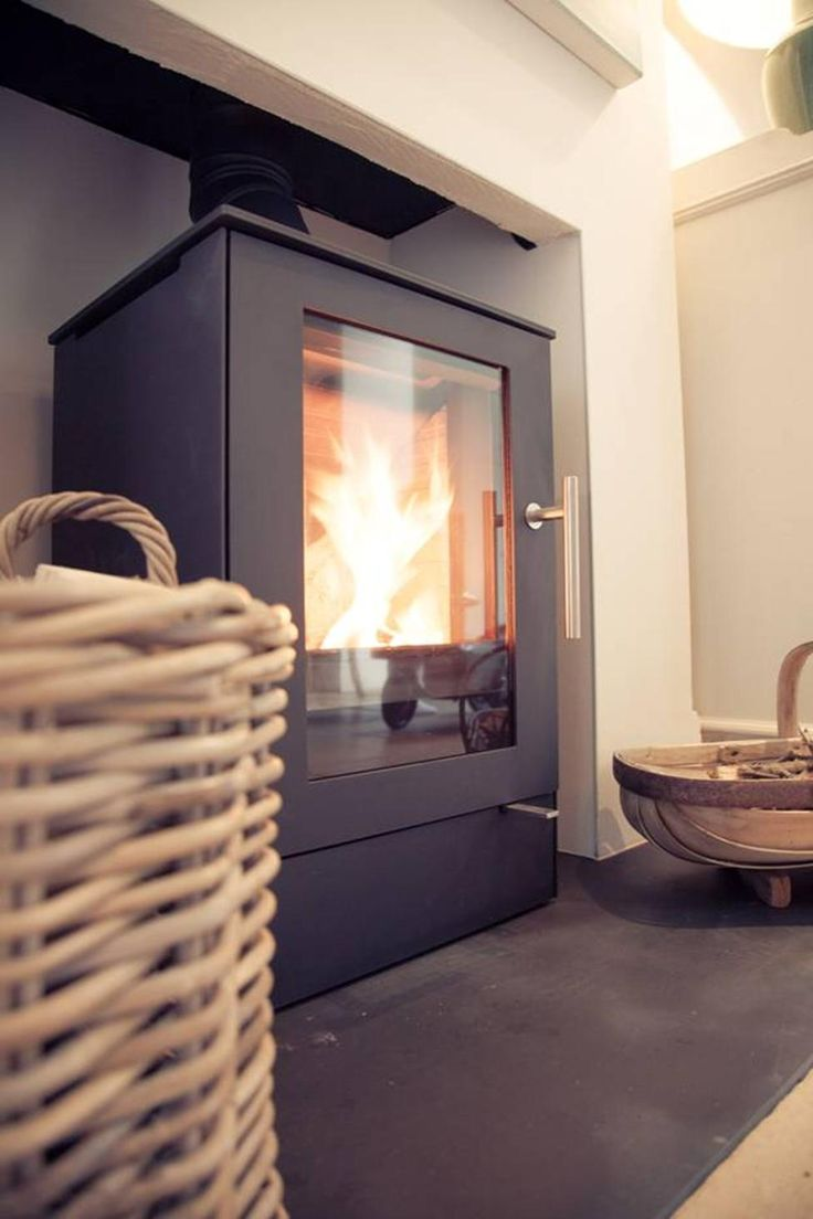 Create a unik fireplace with a stove from #Rais