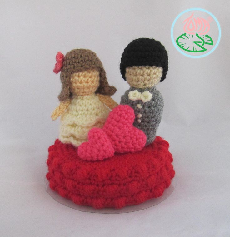 Amigurumi Wedding Cake Top (PDF Pattern) by Toma Creations