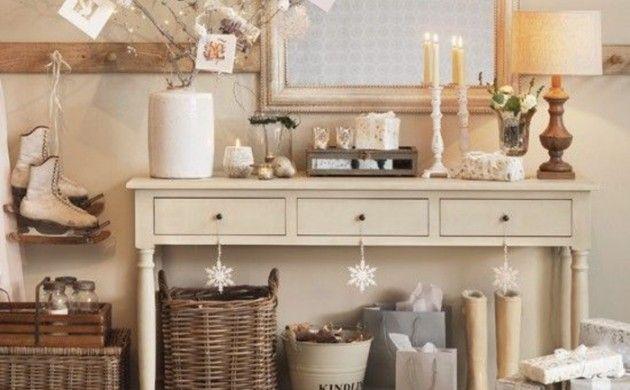 sideboard dekorieren shabby chic stil puristische weihnachtsdekoration zweige kerzenständer kommode anrichte