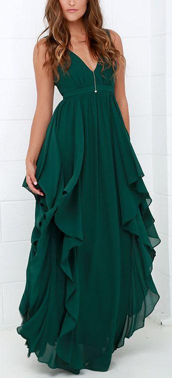 Color de vestido para nuestras hermanas...  Waterfalling for you emerald green maxi dress
