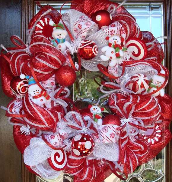 Red and White Deco Mesh Wreath