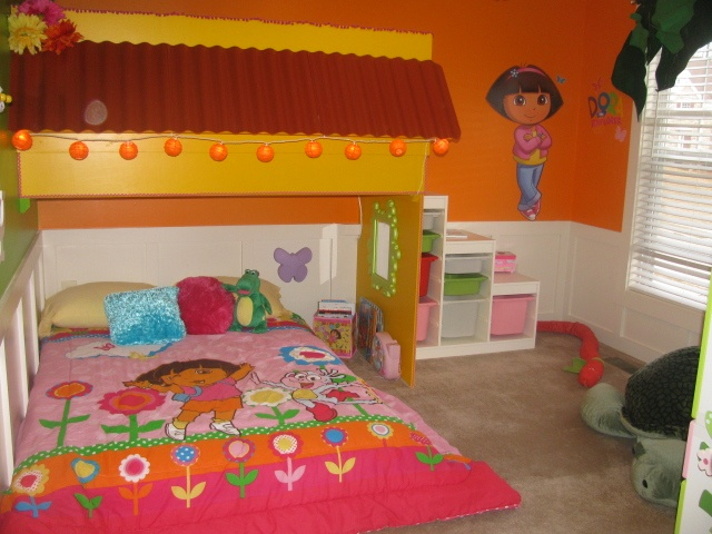Dora bedroom with loft play space kid s room pinterest for Dora themed bedroom designs