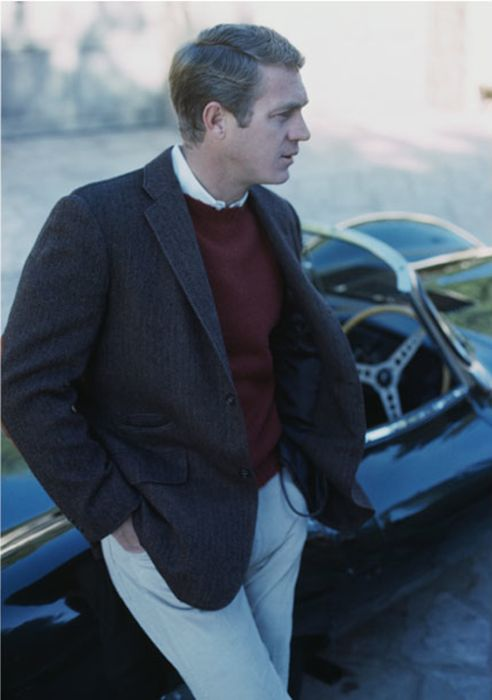 Crewneck sweater, collared shirt, blazer - Steve McQueen