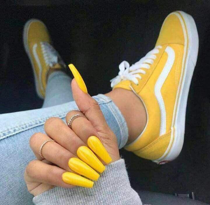 Uñas Acrilicas Amarillas Tumblr Decorados De Uñas