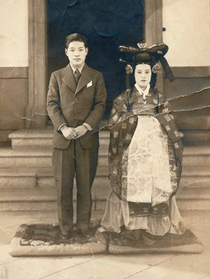 Coronation of Korea's new empress leads to royal family controversy - 중앙일보 뉴스