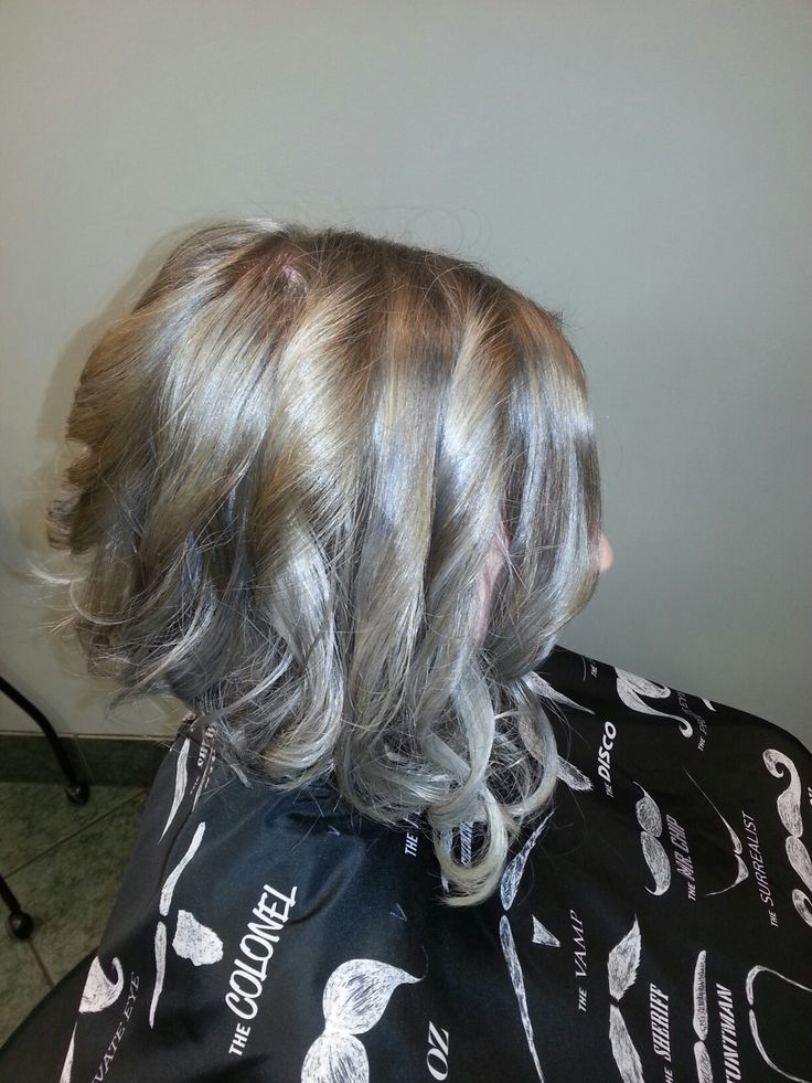 Amy chopping off her hair. redken shades eq 9t 9v and 9p with 9b. gloss and tone only to refresh.