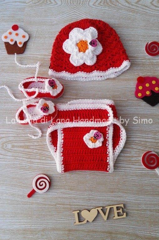 Cappellino uncinetto e scarpine bimba neonata  con copri pannolino coordinato , by La Luna di Lana - Handmade by Simo, 35,00 € su misshobby.com