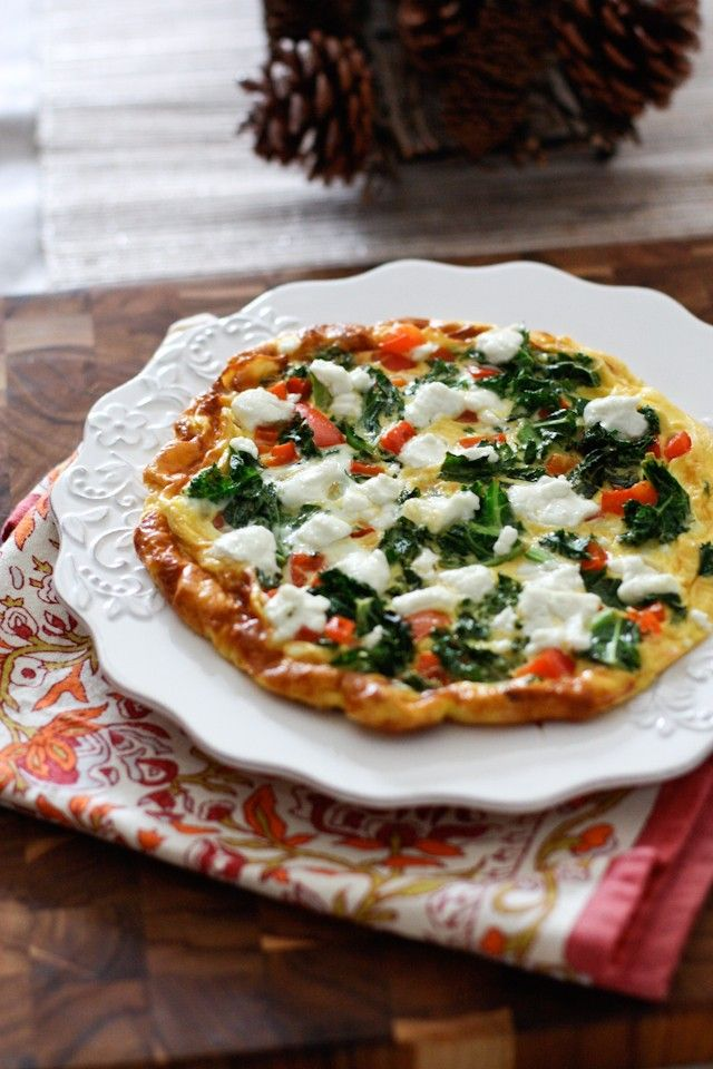 Kale, Red Pepper and Goat Cheese Frittata || Aggie's Kitchen
