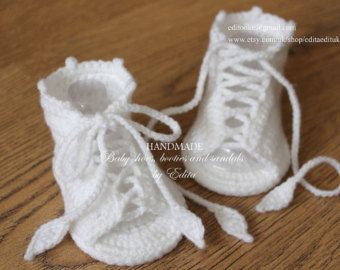 Crochet baby sandals, baby gladiator sandals, baby booties, baby shoes, handmade, white , READY TO SHIP, size 3-6 months
