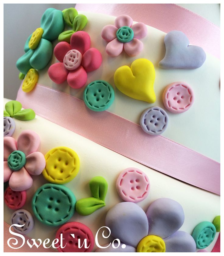 :: Torta LOLA :: #detalle #zoom #sweetandco #firstbirthday #cumpleaños #cake #lola