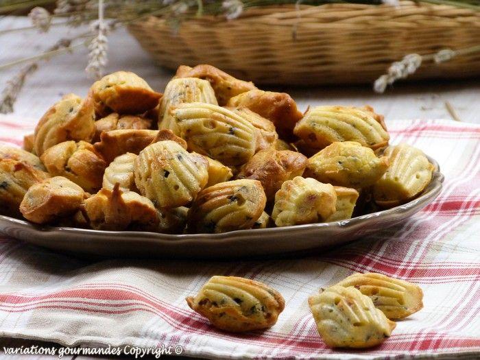 Variations Gourmandes: Madeleines salées, lardons, olives et thym {bouché...