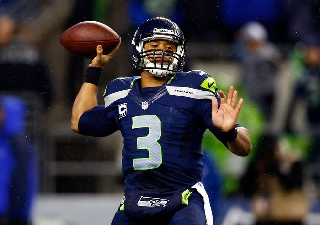 NFL Playoff Predictions 2014, B/R's Expert Divisional Consensus Pick: Seahawks (10-2), Seahawks, 31-17. The Seahawks have lost one home game in the past two years, so it's hard to imagine them losing two in a one-month span. The matchups favor them as well. Their secondary has the physical style of play necessary to stop the Saints receivers, and the Seahawks would love to run against the Saints' light front seven. Dave Cochran, Seattle
