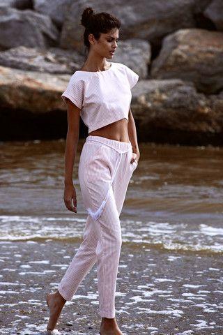 ANGELA BANG | PINK STRIPE CROP TOP €118.00 // PINK STRIPE CROPPED PANTS €148.00 #angelabang #paradiseisle #croptop #pants #croppedpants #pink #white #stripes