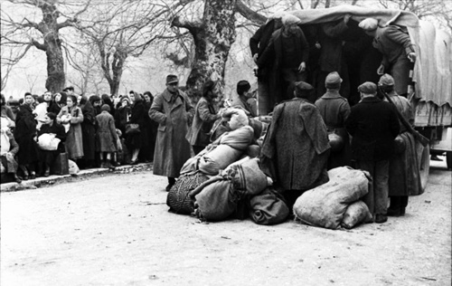 The deportation of Ioannina Jews, Greece 1944. During the final months of the German occupation of Greece in 1944, the Nazis deported the majority of Jews (roughly 1,860) from Ioannina to concentration camps. Almost all of those deported were gassed on or shortly there after 11 April 1944
