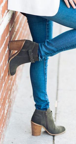 Styling Tips: Sole Society - Women&apos