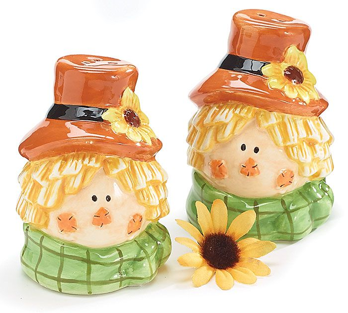 1000+ images about Salt and Pepper Shakers on Pinterest   Miss piggy, Fall table and Looney tunes