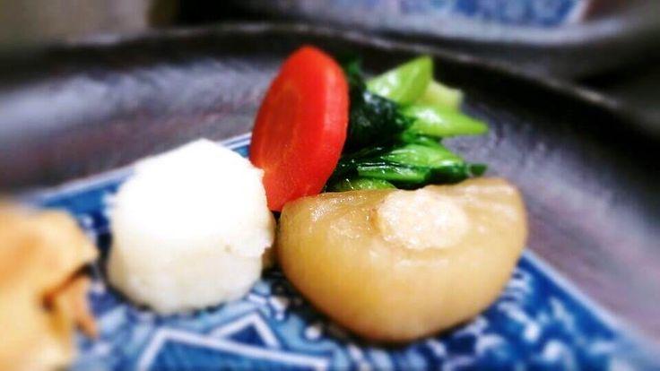 ステーキの付け合せも 地味~な存在ですけど 滋味~な味わいです(^-^;)