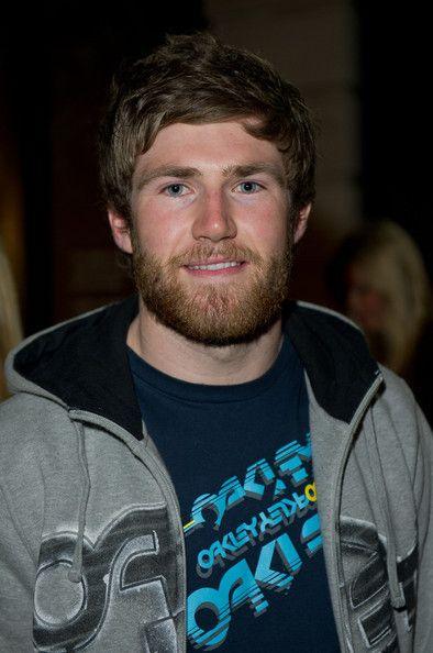 Liam Phillips Liam Phillips asiste al lanzamiento...