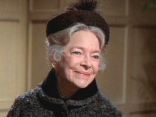 Helen Hayes - 1900 - 1993.  Passed away at the age of 92 of congestive heart failure.  I best remember her in Herbie the Lovebug movie and the short lived series the Snoop Sisters