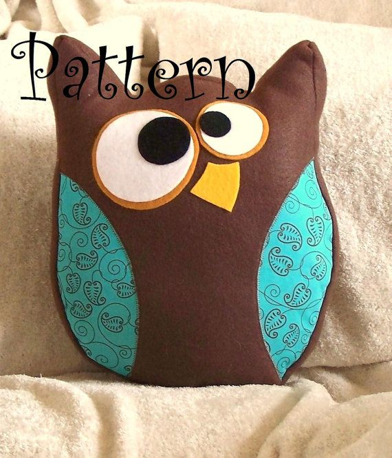 owl pillow pattern...think I could do this without a pattern. It would be a perfect Christmas gift for someone!!