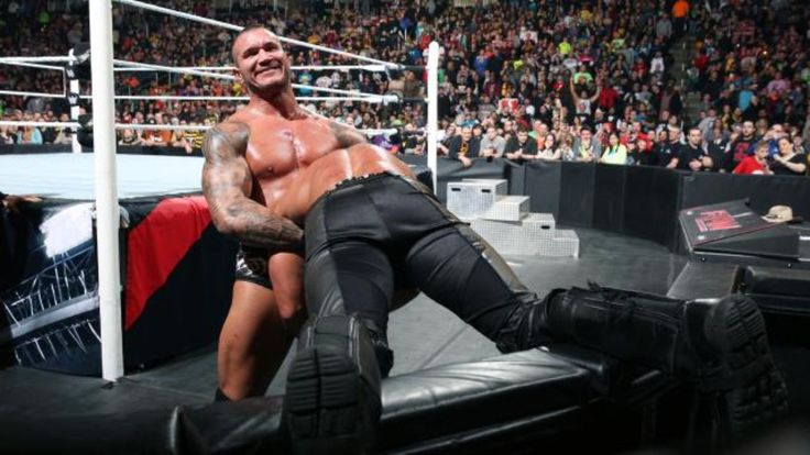 "A complete recap with reactions to last night's (Mar. 9, 2015) episode of ""Monday Night Raw"" in Pittsburgh, continuing the build to ""WrestleMania 31.""  That's being nice about it. This show was absolutely dreadful."
