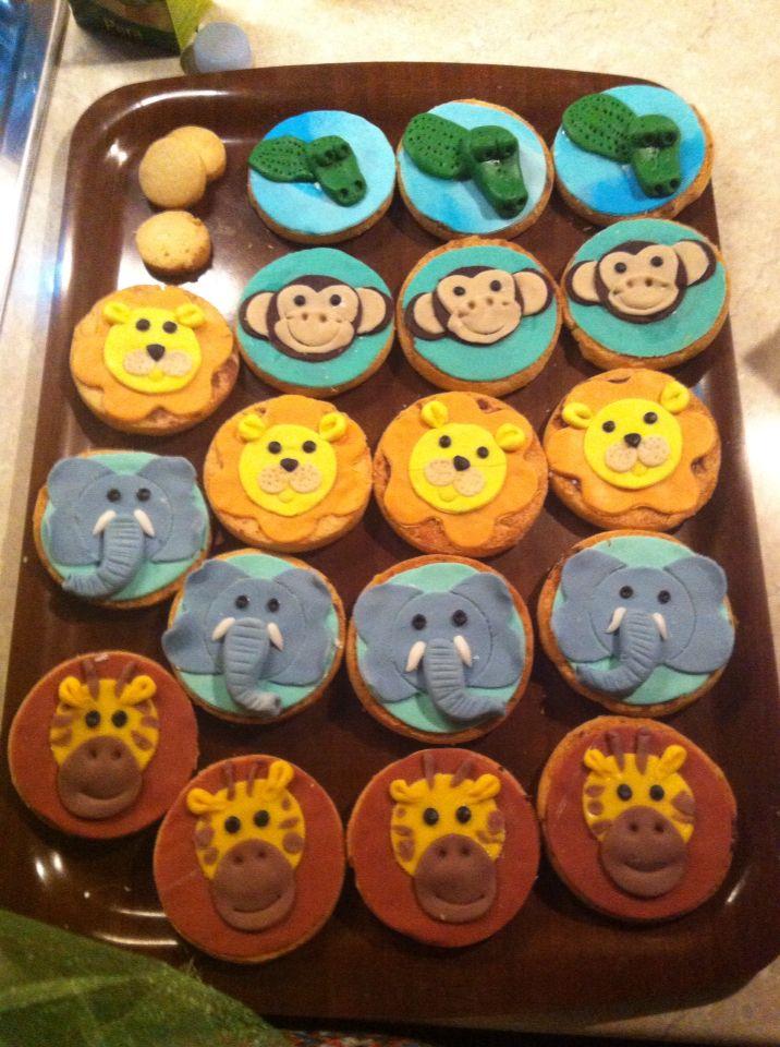 Biscotti decorati tema giungla , jungle/ safari cookies, elephant, monkey, lion, crocodile, giraffe