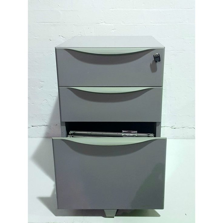 Second Hand 3 Drawer Mobile Pedestal - Silver | NEXT DAY DELIVERY | Keep your desk area organised & clutter-free!!