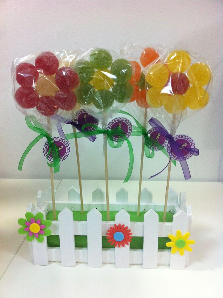 Flores de golosinas en UNO:DOCE Candy Art