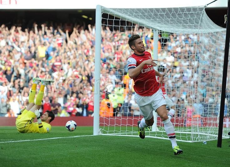 Olivier Giroud Beat Tottenham goalkeeper #arsenalwins