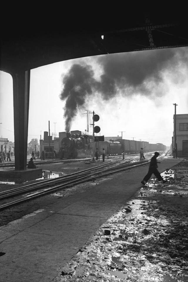 1941 ferrocarril saliendo de estacion Buenavista