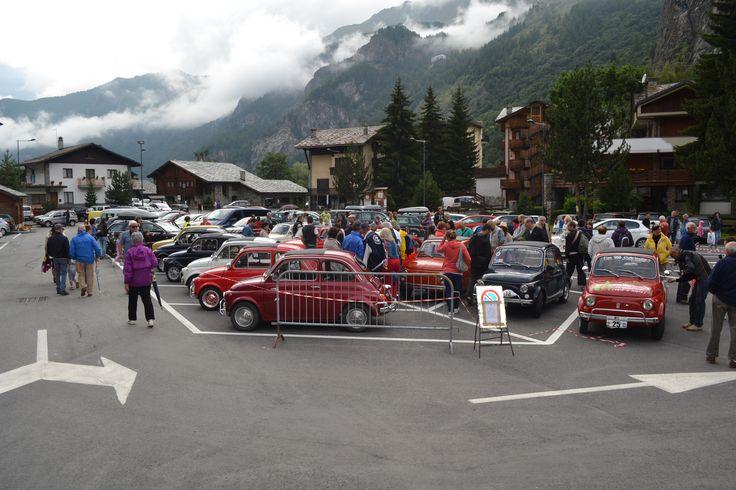 Primo Raduno FIAT 500 Cinquino nella Valle del Cervino 2014 sosta a Valtournenche  ( Aosta Valley )  02/08/2014 FIAT 500 CLUB ITALIA COORDINAMENTO DI CREMONA  #valtournenche   #breuilcervinia   #cervino   #aostavalley   #enjoycervino   #summeradrenaline  #fiat500   #fiat500owners   #fontina  #dreamcar   #finally   #happy   #loveit   #car   #minicar   #italiancars   #fiat